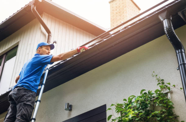 gutter cleaner in mckinney texas